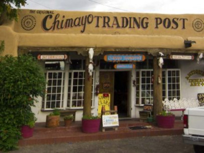 Casa Escondida, trading post
