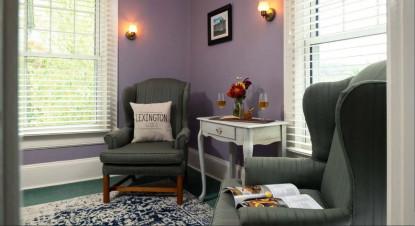 Lexington Suite Sitting
