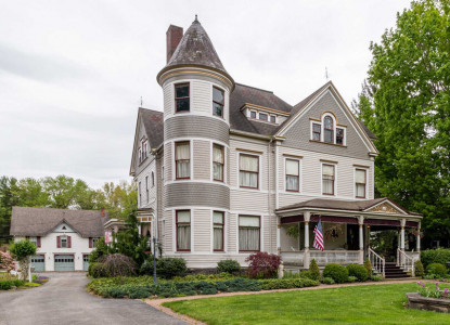An elegant AAA approved 4 Diamond Rating 3-story Queen Anne Victorian located in the Historic District, minutes from north coast tourist attractions.