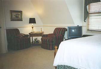 Parish Patch Farm & Inn - Whitney Chapel Cedargrove Room