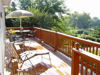 The Poets House Bed & Breakfast- Sun Deck overlooking the Ohio River