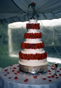 Pinecrest Cottage and Gardens-Wedding Cake