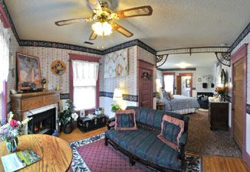 Holden House 1902 Bed & Breakfast, Cripple Creek Suite