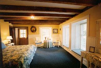 Mayhurst Inn Garden Room