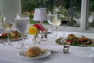 Abingdon Manor Elegant Dining