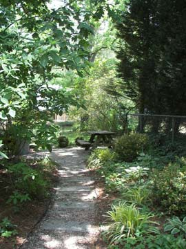 1899 Wright Inn and Carriage House-Relax in Peace & Tranquility