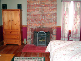 The 1819 Red Brick Inn The Tuttle Room