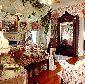 Twenty-four Thirty-nine, A Bed and Breakfast, Jamie Alice Suite