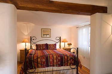 Hacienda Nicholas Bed and Breakfast-The Nicholas Suite Wrought Iron King Size Bed