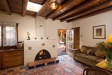 Hacienda Nicholas Bed and Breakfast-The Nicholas SuiteLarge Living Room