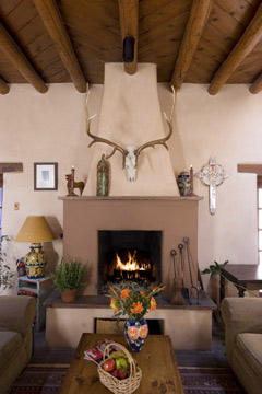 Hacienda Nicholas Bed and Breakfast-Relax By The Cozy Fire