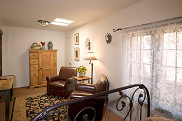 Hacienda Nicholas Bed & Breakfast- The Wisteria Room Sitting Area