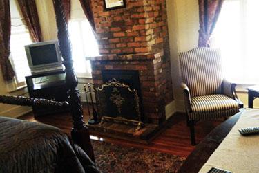 The Merlot Room