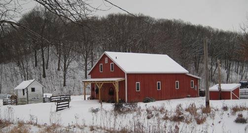 The Barn Bed & Breakfast - Dahinda, Illinois