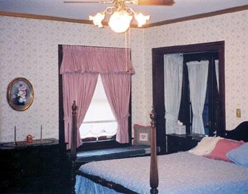 Top O' The Morning Bed & Breakfast Inn Ethan Allen Room