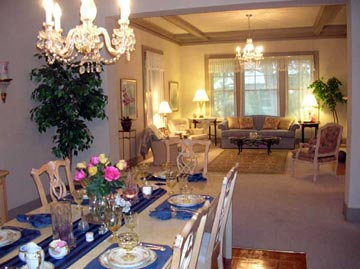 Magnolia House Bed & Breakfast-Dining Room