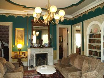 DeLano Mansion Inn Bed & Breakfast, Parlor