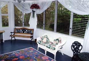 Cranberry Gardens Inn Sun Porch