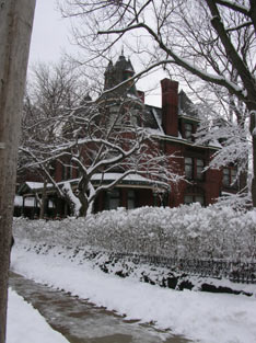 The Gables A Victorian Bed & Breakfast-Exterior in Snow