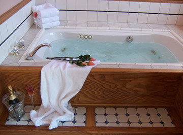 Angel at Rose Hall,  Our 2-Person Jacuzzi