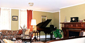 Arbor View House Bed & Breakfast, piano