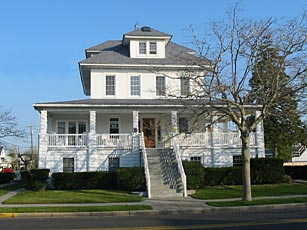 """Summer Nites """"50's Themeâ€Â Bed and Breakfast - North Wildwood, New Jersey"""