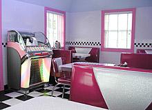 Summer Nites '50's Theme' Bed & Breakfast, box car diner
