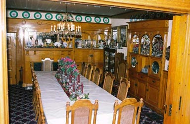 Oakenwald Terrace dining room
