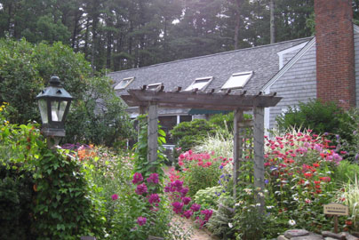 The Morning Glory Inn Entry Garden