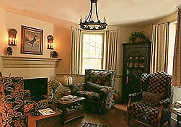 The Augustus T. Zevely Inn Bed and Breakfast - common room