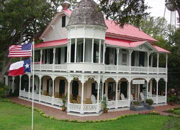 The Gruene Mansion Inn - New Braunfels, Texas