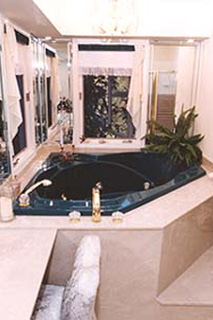 Luxurious Double Jacuzzi
