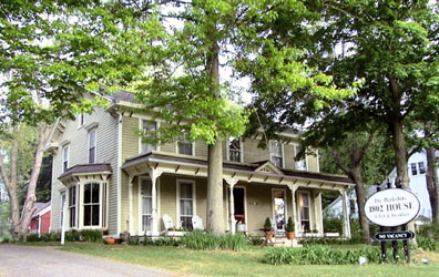 Berkshire 1802 House B & B - Sheffield, Massachusetts