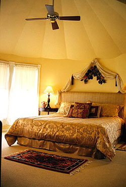 The Sand Castle Inn Tower Suite