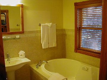 The Inn at Hickory Run, Guest Bathroom