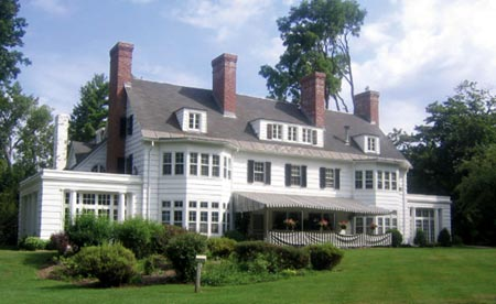 The Four Chimneys Inn & Restaurant - Bennington, Vermont