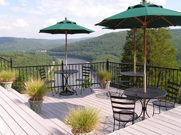 ECCE Bed and Breakfast-Large Outdoor Decks