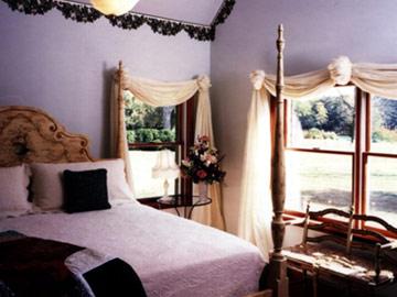 Queen Ann Room