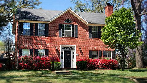 Rosevine Inn Bed & Breakfast and Guest House - Tyler, Texas