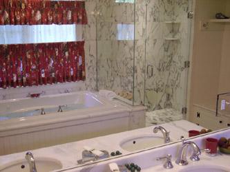 Sweetwater Farm-Hemphill bathroom