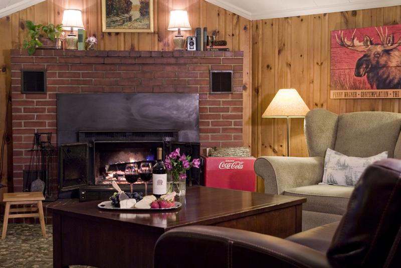 The Rose Cottage Bed & Breakfast Cozy Den