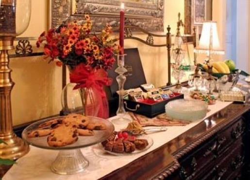 Dessert bar, plus tea, fresh fruit & pre-dinner wine hour are included in inn's Savannah B&B rate.