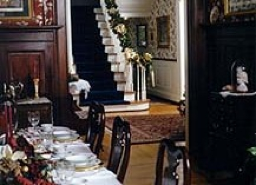 Wonderful breakfasts are served in the beautiful dining room on fine china.