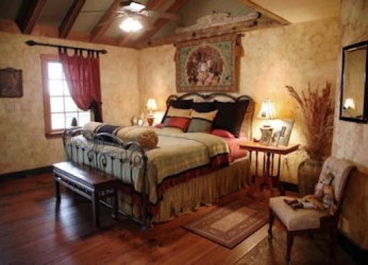 Catnip Cabin Luxurious Bedroom