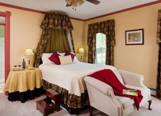 The Mornington Room at Afton Mountain Bed & Breakfast
