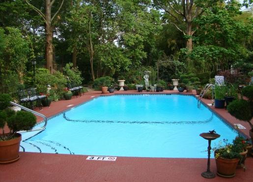 Swimming pool garden at Breeden Inns' Main House