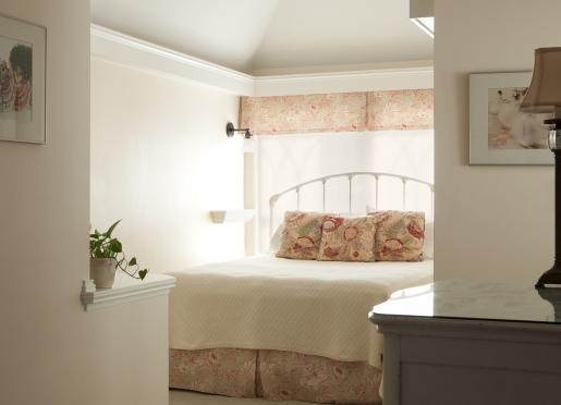 Room 7.  Cozy, romantic queen room on our 3rd floor.
