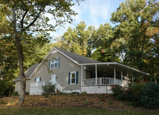 Serenity Hill Bed and Breakfast is just out of Mammoth Cave National Park.