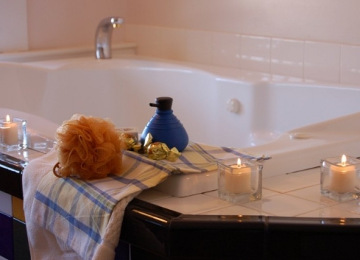 Romantic whirpool tubs, candles, and we provide bubble bath.