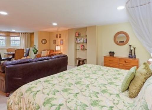 The Writer's Retreat Apartment